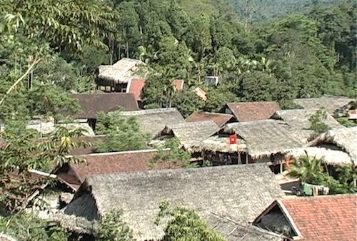 Bản làng xã Châu Phong, huyện Quỳ Châu (Nghệ An).