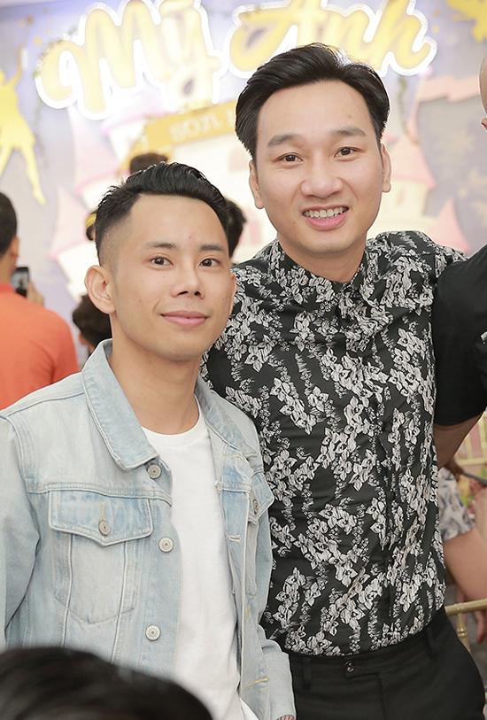 Ca sĩ Lê Bảo Bình và MC Thành Trung.