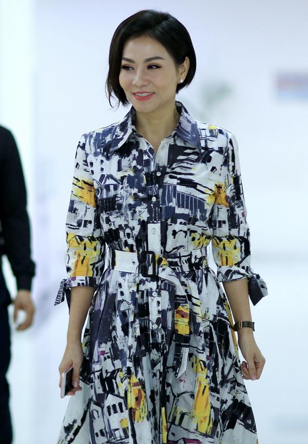 Thu Minh là giám khảo của chương trình tìm kiếm tài năng âm nhạc Steps2Fame. Hôm 18/3, cô ra Hà Nội chấm vòng Audition.