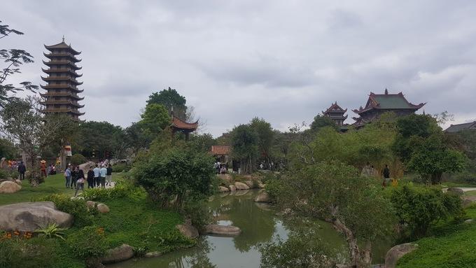 Ngôi chùa rợp bóng cây giữa đất võ Bình Định