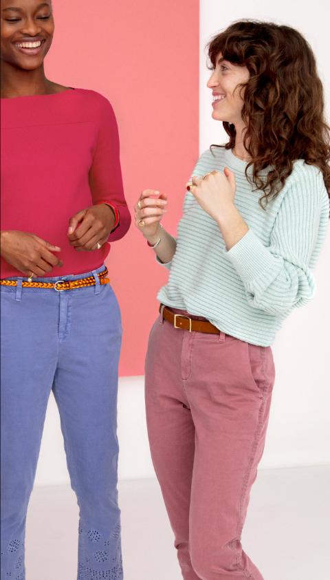Như một làn gió mới cho thời trang xuân hè 2018, denim năm nay không đơn thuần chỉ là màu jean, trắng, đen mà đa dạng hóavới những màu sắc từ đỏ tươi, xanh cổ vịt đếngam pastel nhẹ nhàng như tím lavender, hồng nude.