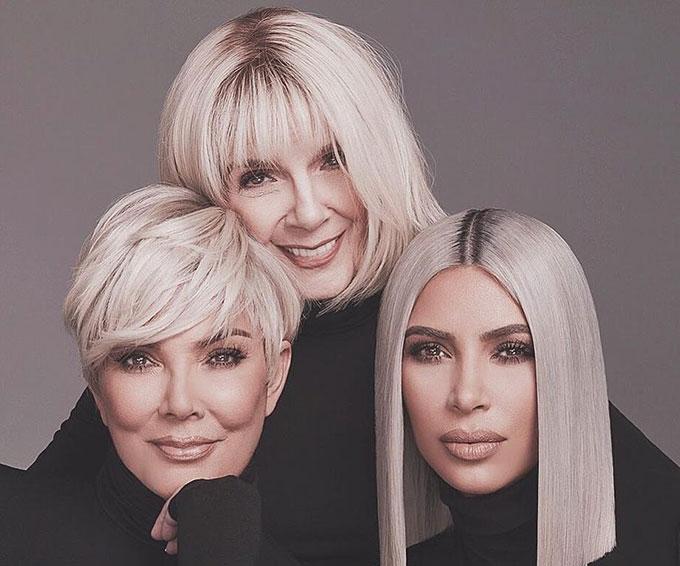 Với sự góp mặt của bà ngoại, Kim muốn giới thiệu với các fan mỹ phẩm chống lão hóa dùng cho mọi lứa tuổi. Bà Mary Jo đã hoàn thành xuất sắc vai trò người mẫu của mình, thậm chí còn tỏa sáng hơn cả con cháu. Nhiều fan bình luận: Bà Mary quá hot!.
