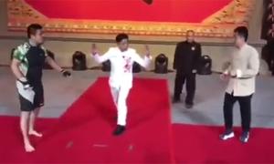 Võ sĩ MMA Từ Hiểu Đông hạ gục cao thủ Vịnh Xuân chỉ trong hơn một phút