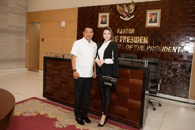 Khi còn làm Tổng tư lệnh quân đội quốc gia Indonesia, tôi đã biết đến Lý Nhã Kỳ qua vai trò Đại sứ Du lịch Việt Nam đầu tiên của cô ấy. Có thể nói, Lý Nhã kỳ là một nữ doanh nhân thông minh và sắc sảo. Tôi nghĩ nữ doanh nhân Lý Nhã Kỳ là một nhân vật thích hợp, tựa chiếc cầu nối cho các doanh nghiệp từ hai phía.