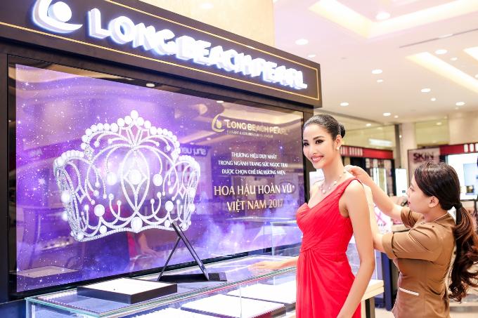 Hoa hậu H Hen Niê kiêu sa với trang sức ngọc trai - 9