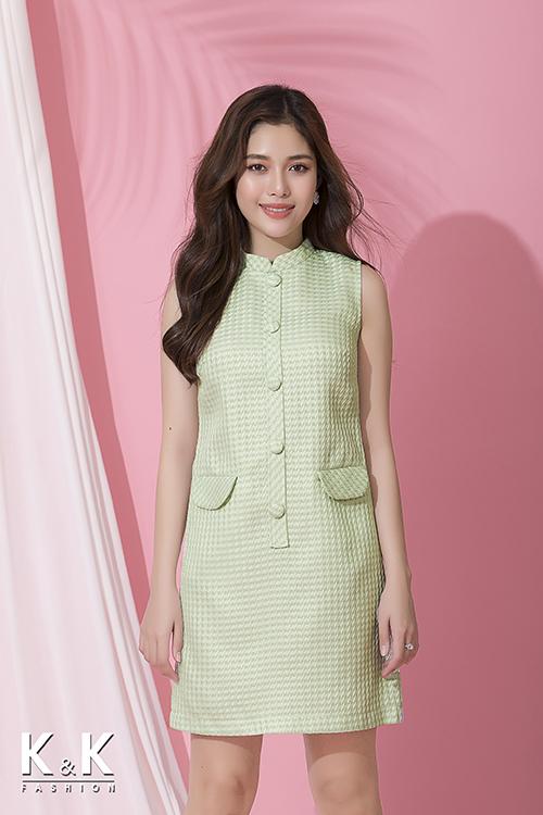 Đầm suông sắc xanh ngọt ngào đính nút tinh tế KK74-09 giá360.000 đồng.