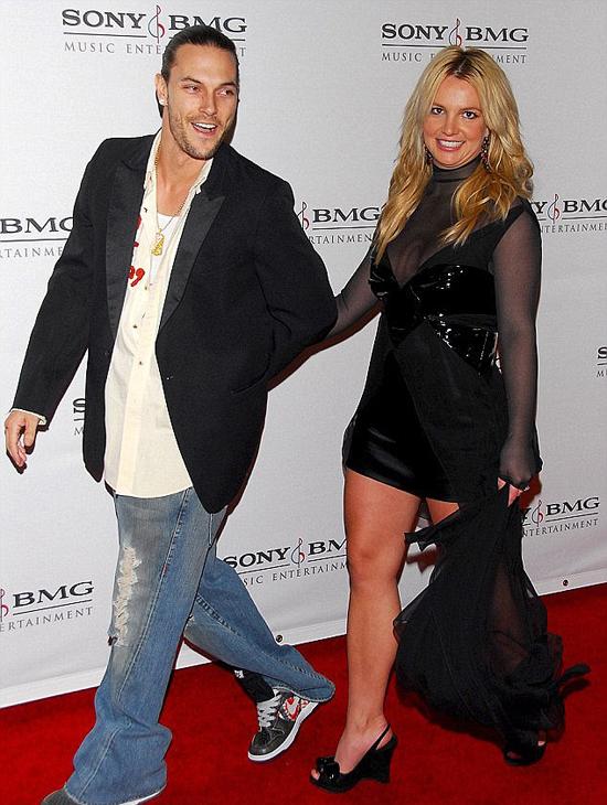 Britney và vũ công Kevin ngày còn chung sống.