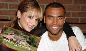 A. Cole bán tổ ấm cũ hơn 7 năm sau khi ly dị vợ