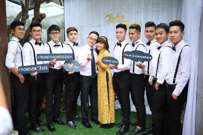 Sau lễ ănhỏi, Minh Trung và Đặng Thảo sẽ tổ chức đám cưới vào ngày 28/3 tới tại cả Hải Phòng và Hà Nội.