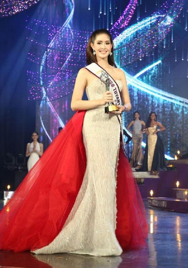 Người đẹp Rock từngđăng quang Á hậu 1 Miss Tiffanys Universe 2017.