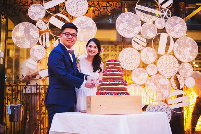 Cô dâu người Malaysia cho rằng một cuộc hôn nhân bền vững là cả hai luôn luôn yêu thương, giao tiếp và tin cậy nhau, đặt bạn đời lên trước chính mình.