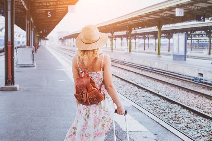 Giới trẻ hiện coi du lịch nước ngoài tự túc là một mục tiêu quan trọng.