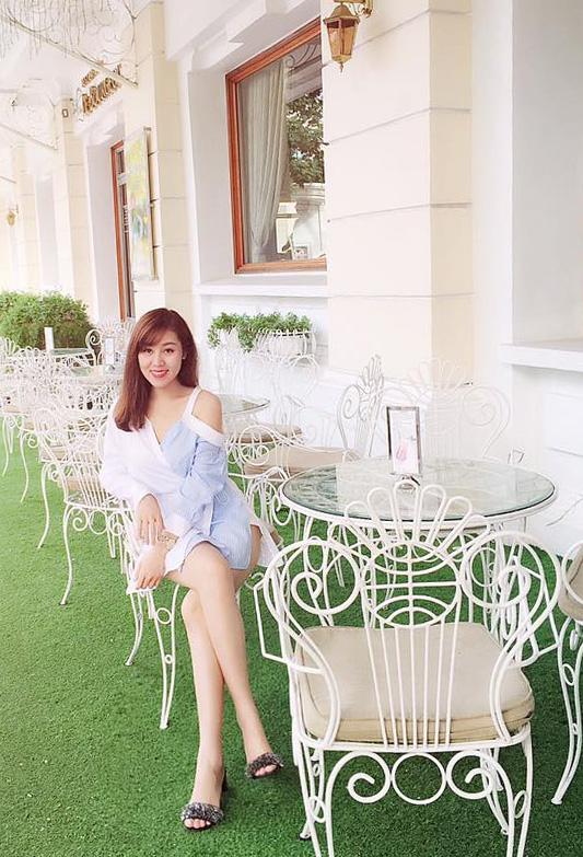 Nhiều hình ảnh cá nhân của chị Trang bị kẻ xấu gán ghép với tin đồn bồ nhí lãnh đạo tỉnh Thanh Hoá.