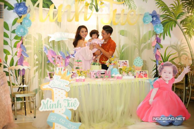 Vợ chồng Hải Băng - Thành Đạt làm tiệc thôi nôi cho con gái - 5