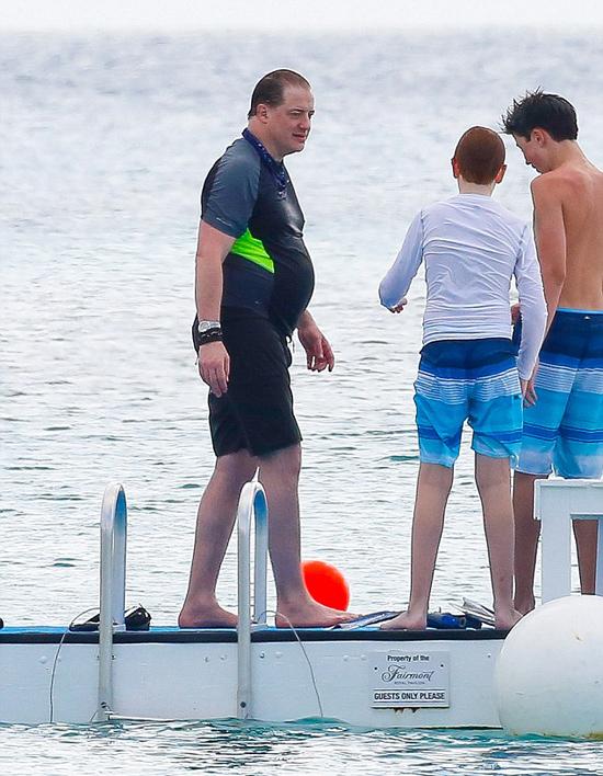 Brendan có ba người con với vợ cũ: Griffin 15 tuổi, Holden 13 tuổi (trong ảnh) và con gái Leland 11 tuổi.