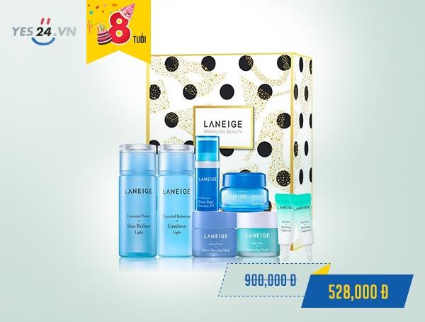 Bộ dưỡng ẩm dành riêng cho da dầu và da hỗn hợp Laneige Light - giá 528.000 đồng.