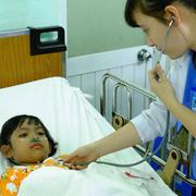 Vợ chồng liều chết cứu hai con sinh đôi thoát đám cháy ở Sài Gòn