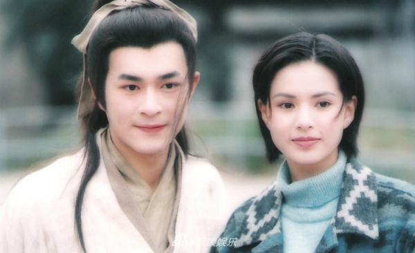 Hiện tại dù ít khi gặp nhau nhưng cặp đôi Dương Quá - Tiểu Long Nữ vẫn giữ liên lạc với nhau.