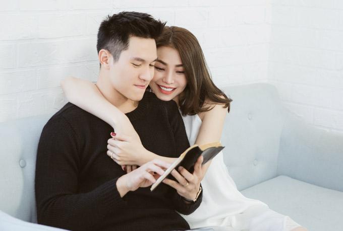 Trà Ngọc Hằng và diễn viên Minh Anh hợp tác ra sản phẩm mới. Cả hai hòa giọng thể hiện ca khúc Tuyệt vọng, kể về chuyện tình buồn của một cô gái.