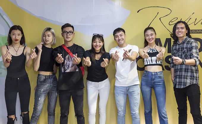 Buổi casting thu hút sự quan tâm của nhiều người mẫu trưởng thành từ cuộc thi tìm kiếm người mẫu hot nhất tại Việt Nam nhưLại Thanh Hương, Dương Thanh, Anh Thư, Kim Dung, Hồng Anh, Nguyễn Oanh.
