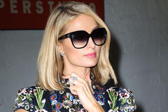 Paris Hilton và chiếc nhẫn đính hôn 2 triệu USD.