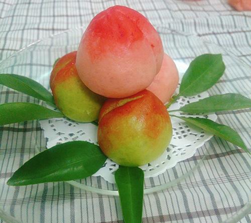 Bánh bao chay hình trái đào đẹp không nỡ ăn - 4