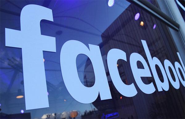 Facebook mất gần 75 tỷ USD vì bê bối dữ liệu