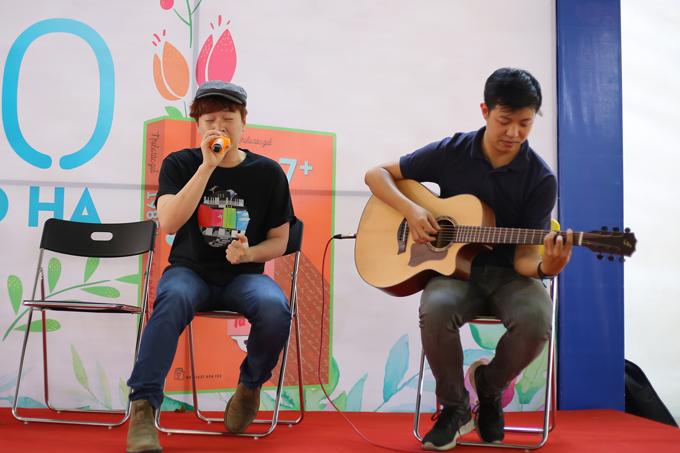 Phạm Toàn Thắng cũng thể hiệnTháng tư là lời nói dối của anh để gửi tặng đến khán giả. Ca khúc anh sáng tác được Hà Anh Tuấn phát hành MV và nhanh chóng trở thành hit trên nhiều trang nghe nhạc trực tuyến vào năm 2016.