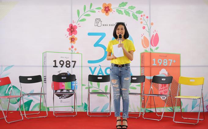 MC Phí Thuỳ Linh đảm nhận vai trò dẫn dắt chương trình.