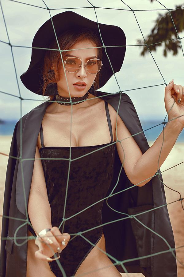Phương Trinh Jolie chia sẻ, cô không bao giờ tự hài lòng với bản thân mà luôn phấn đấu để đạt nhiều thành tựu hơn.