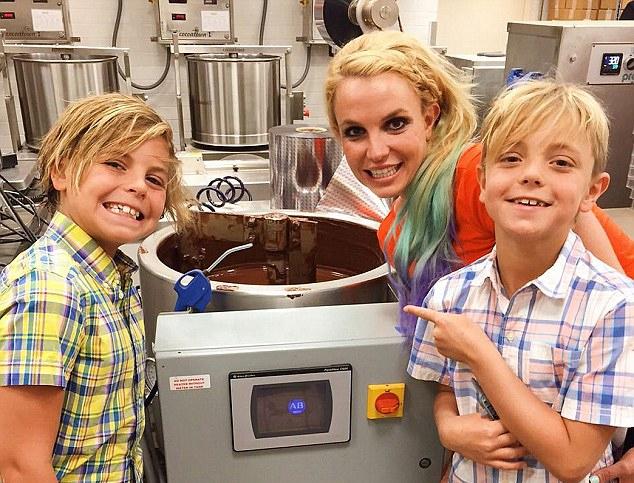Kevin và Britney có chung hai cậu con trai.