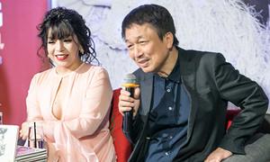 Nhạc sĩ Phú Quang nhắc nhở khi thấy Minh Chuyên mặc hở ngực