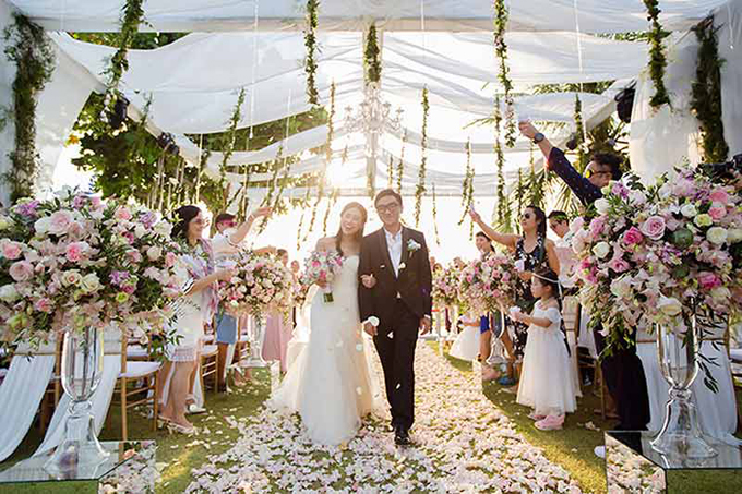 Đám cưới màu hồng pastel của nữ nghệ sĩ TVB - 1