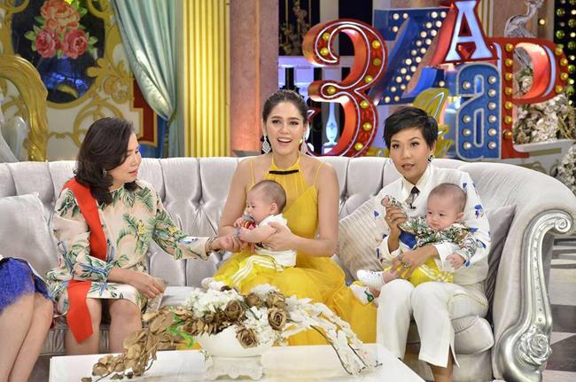 Cặp song sinh của mỹ nhân đẹp nhất Thái Lan mải mê mút tay khi cùng mẹ đi sự kiện - 8