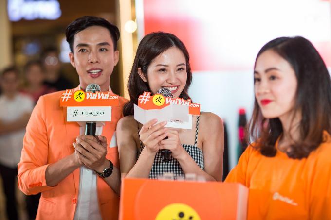 Jun Vũ bất ngờ xuất hiện tại sự kiện hợp tác giữa Vuivui.com và The Face Shop tối 23/3