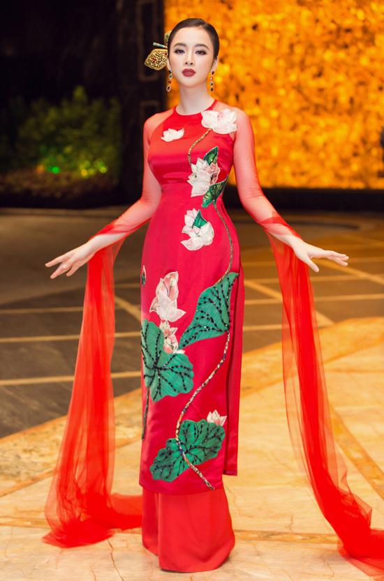 Angela Phương Trinh biểu diễn xuất thần trong show Thủy Nguyễn - 4
