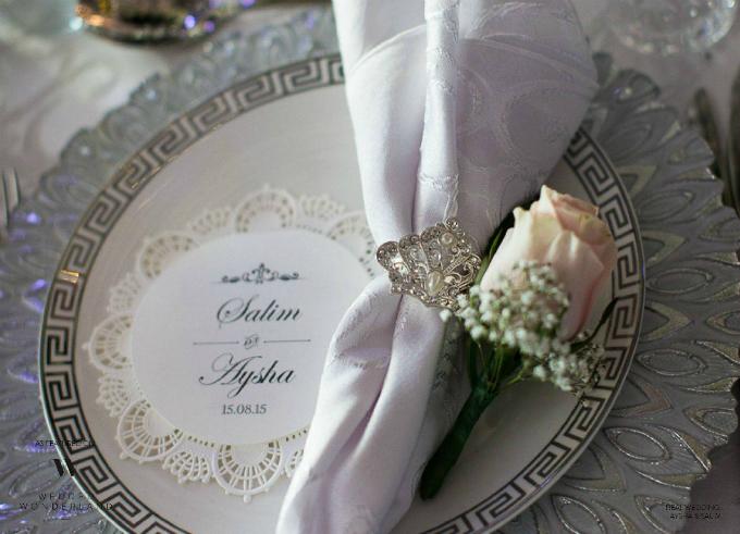 Tiệc cưới nhuộm màu trắng, hồng của hơn 30 tấn hoa tươi