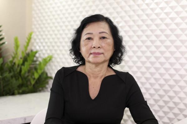 Hành trình thoát nám sau 10 năm của người phụ nữ ngoài 60 tuổi