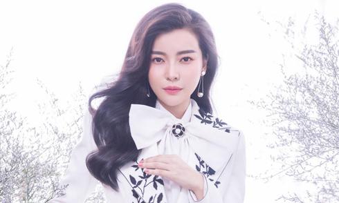 Cao Thái Hà đầu tư hình ảnh trở lại showbiz sau 6 tháng im ắng