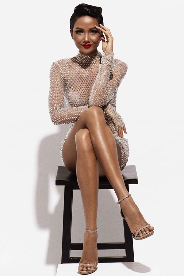 Hoa hậu HHen Niê bốc lửa - 6