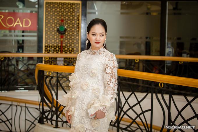 Vóc dáng của nữ diễn viên thay đổi khá nhiều so với buổi ra mắt phần một cách đây ba tháng. Cô hiện đã mang thai ở tháng thứ bảy và tăng 15kgso với thời kỳ son rỗi.
