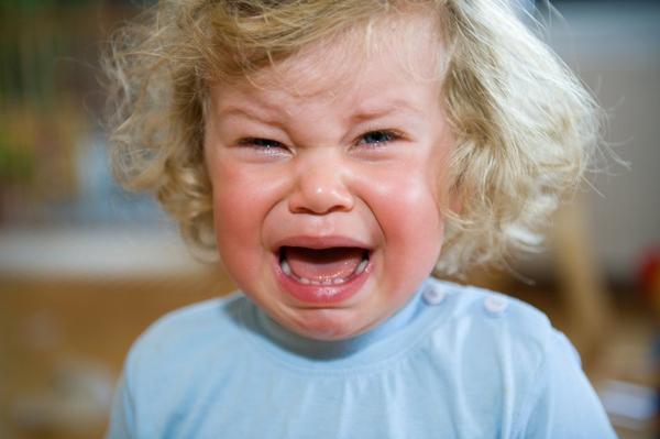 Thổi bay cơn ăn vạ của trẻ theo cách của bác sĩ Việt ở AnhChuyên gia Anh Nguyễn ở Bệnh viện Hoàng gia Worcester gợi ý phụ huynh cho trẻ khoảng dừng để chúng nhận thức và kiểm soát cảm xúc tốt hơn.