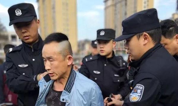 Thủ phạmbị cảnh sát bắt giữ ngay tại bệnh viện.