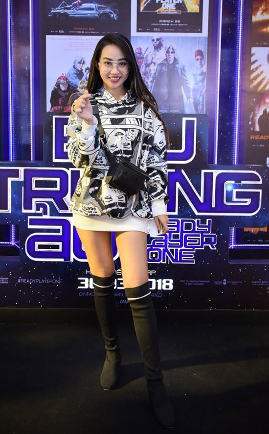 Jun Vũ được rừng fan bao vây khi xuất hiện tại sự kiện - 13