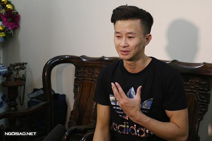HLV Trương Minh Sang chia sẻ về công việc và cuộc sống với Ngoisao.net. Ảnh: Ngọc Quân.
