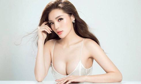 Hoa hậu Kỳ Duyên khoe clip ngực đầy giữa nghi án dao kéo vòng 1