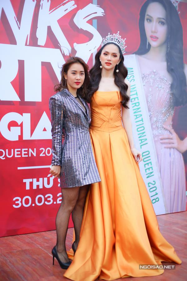 Biên đạo Phạm Lịch - người dàn dựng vũ đạo cho phần thi tài năng của Hương Giang trong cuộc thi.