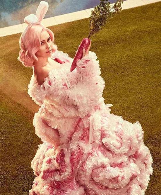 Miley Cyrus đón lễ Phục sinh với bộ ảnh sexy - 7