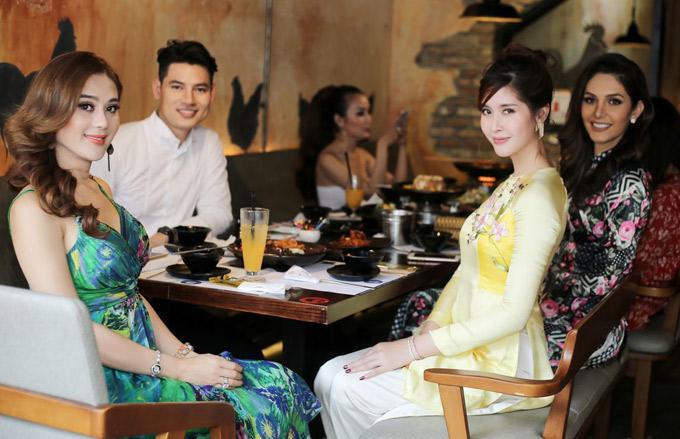 Trước đó Nam vương Khôi Nguyên rủ Lâm Khánh Chi và hai mỹ nhân nước ngoài đi ăn ở một nhà hàng chuẩn vị Hàn Quốc tại TP HCM.