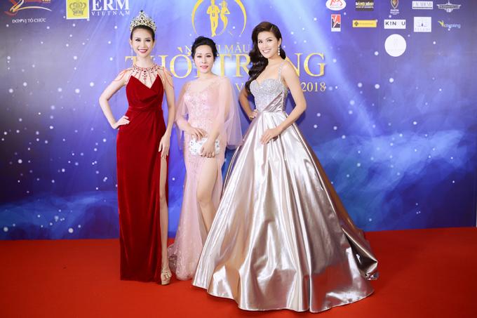 Hoa hậu Hạnh Lê có dịp đọ sắc cùng Á hậu Liên Phương và người đẹp Nguyễn Thị Thành.